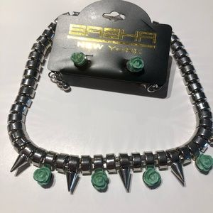 📦Silver studded necklace tael green set